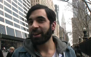 Dude Stops People Wearing Headphones To Ask What They're Listening To