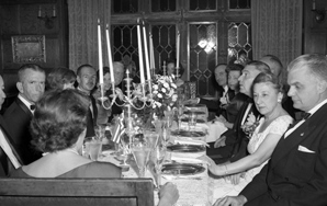 How To Host A Grown-Up Dinner Party When You Are Not A GrownUp