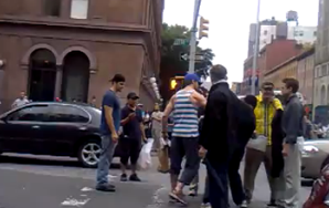 Here's Your Video Of Ryan Gosling Breaking Up A NYC Street Fight