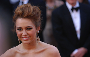 The 7 Best (And Worst) Celebrity TwitterAccounts