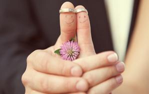Reasons Why Weddings AreAwkward