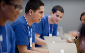 Reasons Why Apple Store Employees Would Make The Best BoyfriendsEver