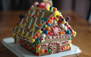 Let's Make A Gingerbread House!