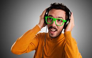 12 Surefire Signs You're A MusicSnob