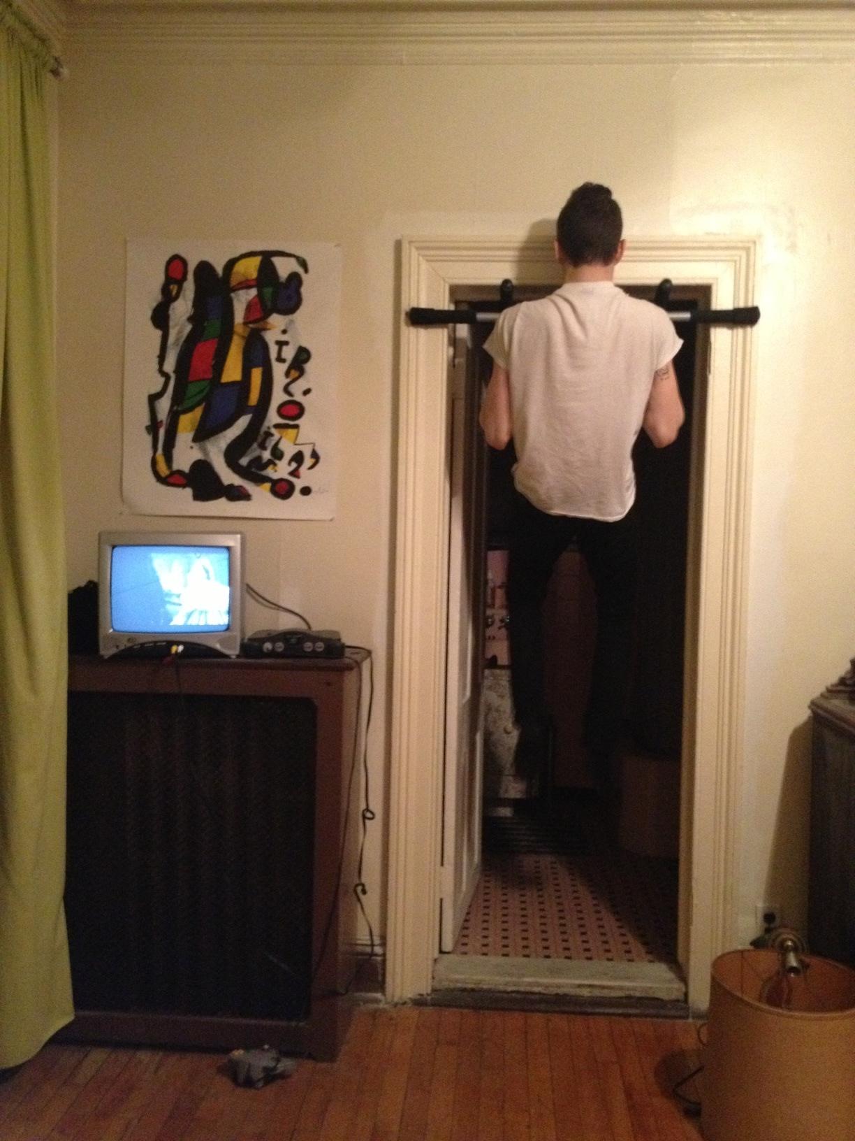 10:24pm sam is doing pull ups wtf (Mira)