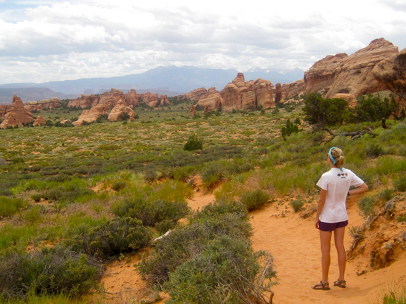 10 Ways To Travel As A Poor 20-Something