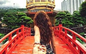 Girl Leads Boyfriend Around The Globe In Stunning Pics
