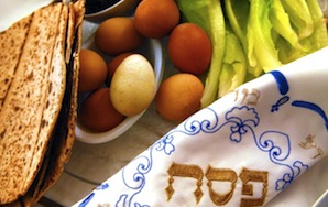 21 Ways To Survive Your PassoverSeder