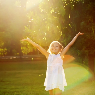 14 Ways To Keep Childlike Wonder Alive In Adulthood