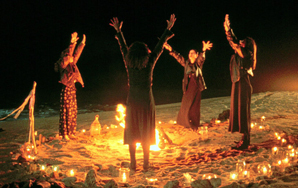 """25 Little-Known Facts About """"TheCraft"""""""