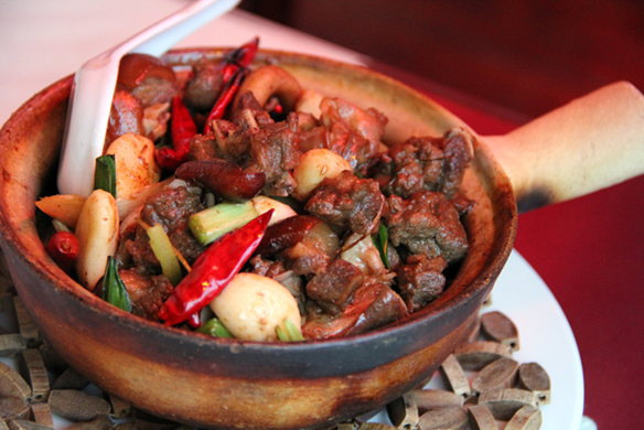 Eating Dog Meat – Dog Meat Clay Pot