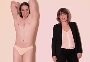 """Video Shows How """"Blurred Lines"""" Would Be If Genders WereSwapped"""