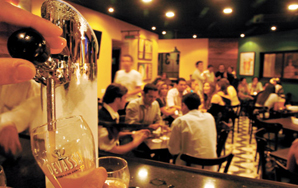 10 Ways To Hack Your Local Bar