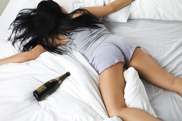The 7 Stages Of Waking Up After Drinking TooMuch