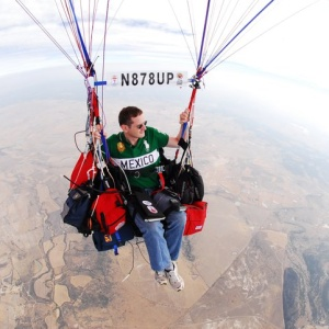 """Man Using Multicolored Balloons To Cross the Atlantic, Yes, Like in """"Up!"""""""