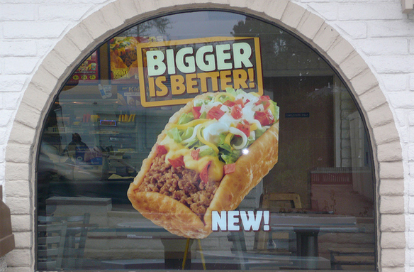 14 Signs You're Actually In A Relationship With Taco Bell