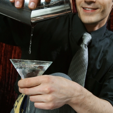 6 Truths: A Reflection On Dating A Bartender