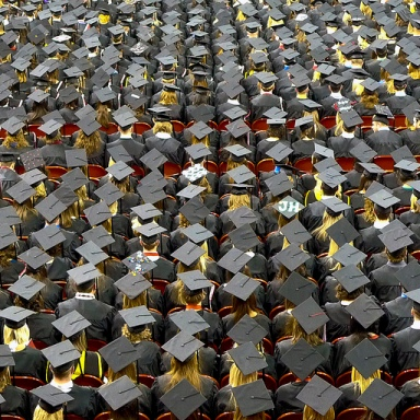 5 Strange Things You Realize Once You Graduate College