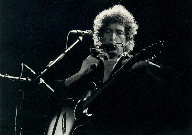 28 Things Bob Dylan's Voice Sounds Like In 2013