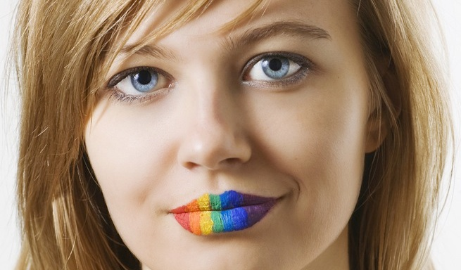 10 Everyday Issues Only Femme Lesbians WillUnderstand