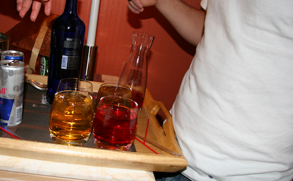 21 Signs You Love Drinking, But Actually HateDrinking
