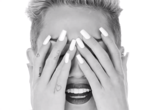 Miley Cyrus' Wrecking Ball Mixed With Mumford & Sons Is WeirdlyExcellent