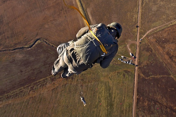 32 Military Veterans Share Their Craziest WarStories