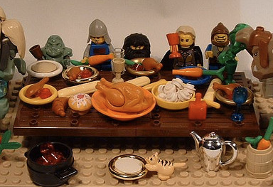 5 Rules For Enduring Your Racist, Republican Relatives On Thanksgiving