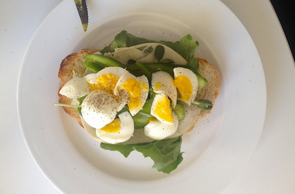 10 Reasons Why Brunch Has Become The Default 20-SomethingActivity