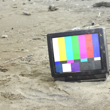 A Thorough Analysis Of People Who Don't Watch TV