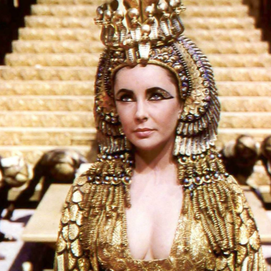 11 Reasons Your New Year's Resolution Should Be To 'Become Elizabeth Taylor In Every Way'