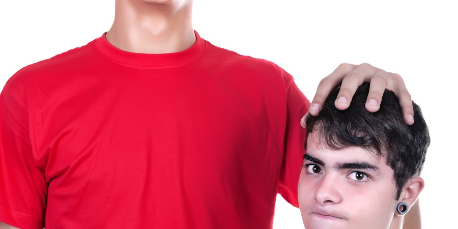 20 Reasons Why Being Short Is TheWORST