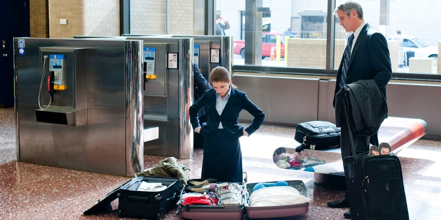 8 Rules Everyone Should Follow When Flying Home For The Holidays