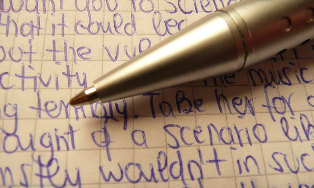 """4 Ways Typing Is Better Than Writing By Hand (Also Known As """"Handwriting"""")"""