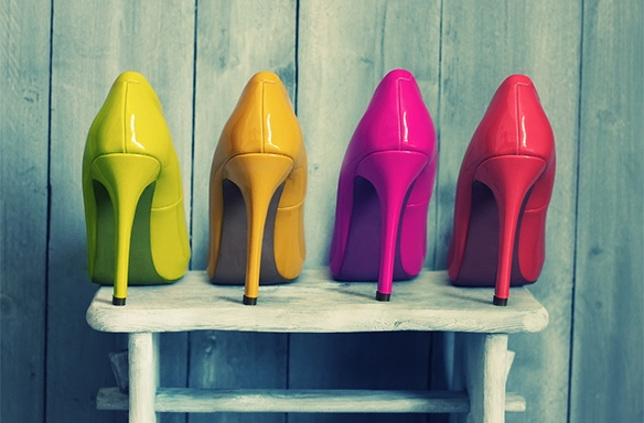 10 Signs You're Addicted ToFashion