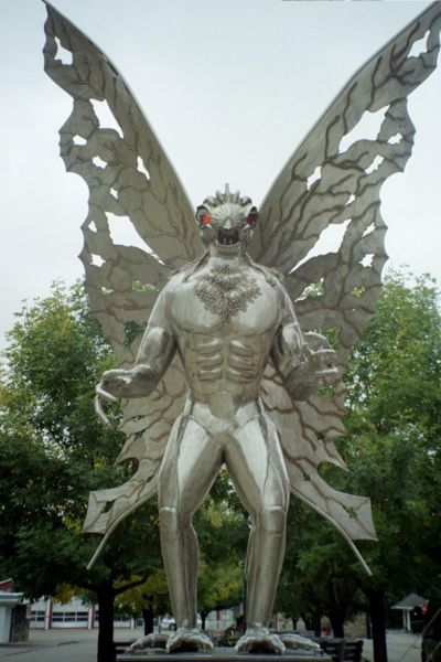 Mothman statue in Point Pleasant WV — image by Snoopywv