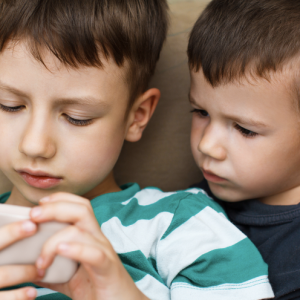 If You Want Your Kids To Be Rich, Get Them An iPhone And A Twitter Account
