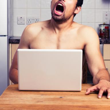 4 Reasons Why Guys Fake Orgasms