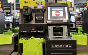 13 Signs The Self-Checkout Lane Hates You