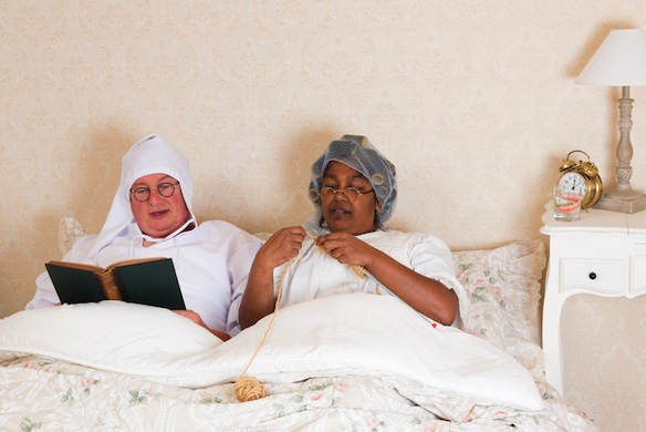 11 Steps To Having An Incredible Grown-Up Sleepover In Your 20s