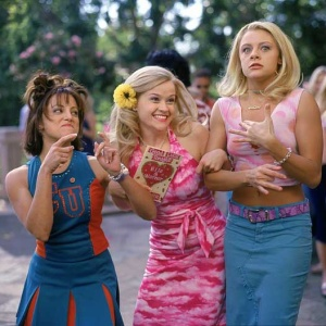 14 Movies To Watch With Your Girls (With Snack Suggestions To Go With!)