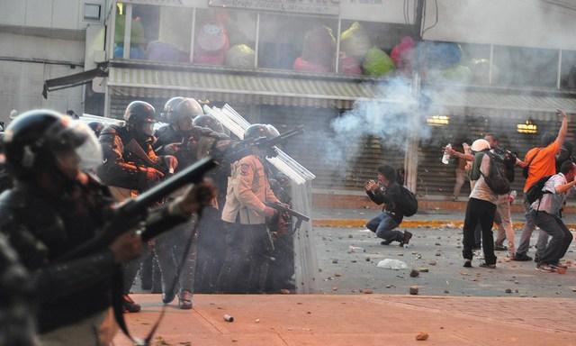 Estamos Buscando Artículos Sobre Las Protestas En Venezuela – Call For Submissions On The Protests InVenezuela