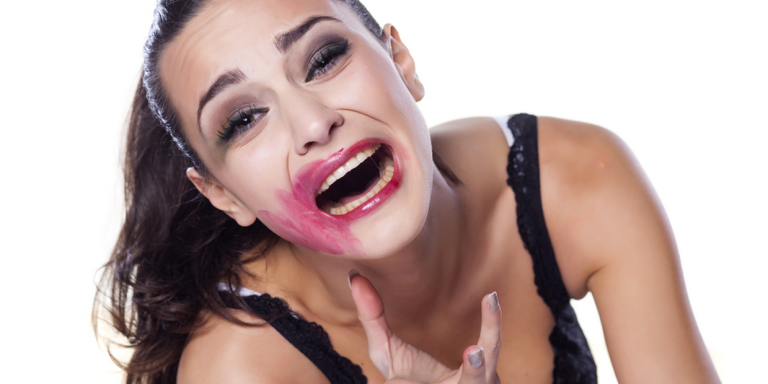 9 Beauty Routines You Should Never, Ever Do WhileDrunk