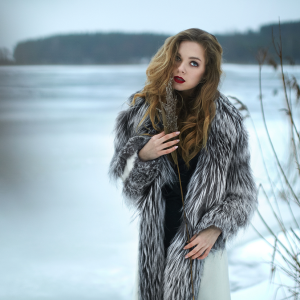 7 Tricks To Looking (And Feeling) Glamorous In The Dead Of Winter