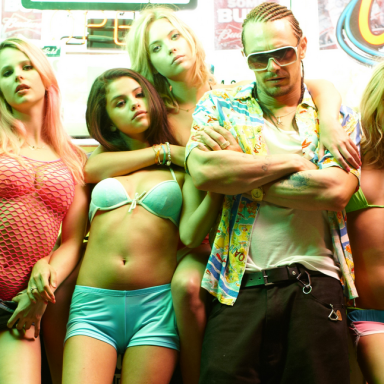 The 7 Types Of Spring Breakers You'll Meet On Vacation