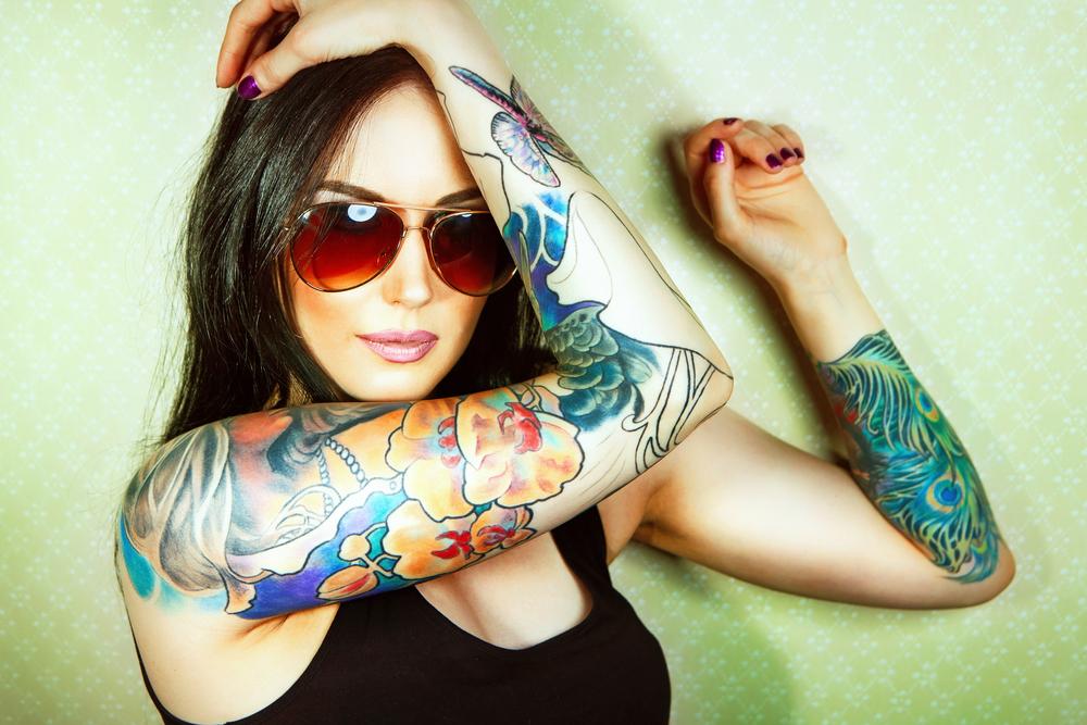 dating tattooed women