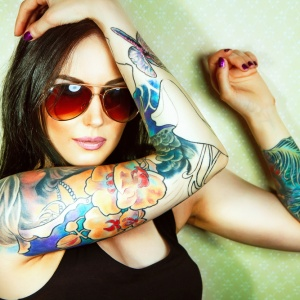 Why You Should Date A Girl With Tattoos