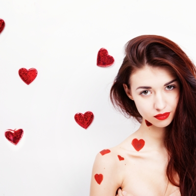 17 Things Single People Can Do To Survive Valentine's Day