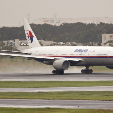 The Absolutely Terrifying Mystery Disappearance Of Malaysia Airlines Flight 370