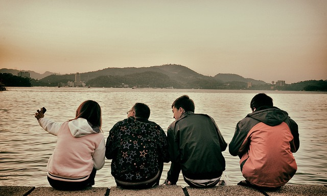 10 Signs That All Your Friends Might Be Hanging Out Together WithoutYou